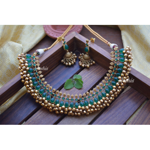 Trendy Ghunguroo Green Stone Necklace