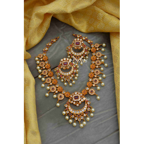 Beautiful Pearl and AD Stone Flower Necklace