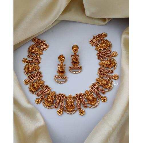 Traditional Matte Kemp Ganesha Necklace