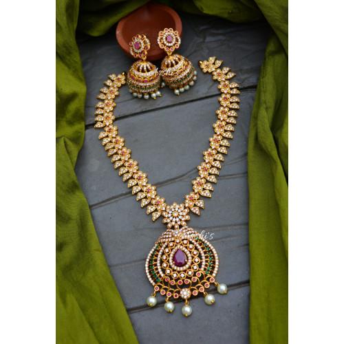 AD Stone Flower Design Necklace