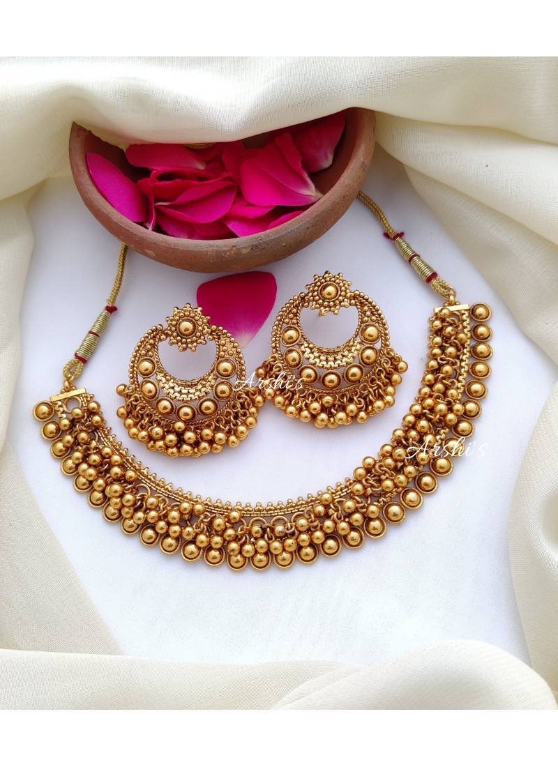 Pretty Antique Gold Beaded Necklace