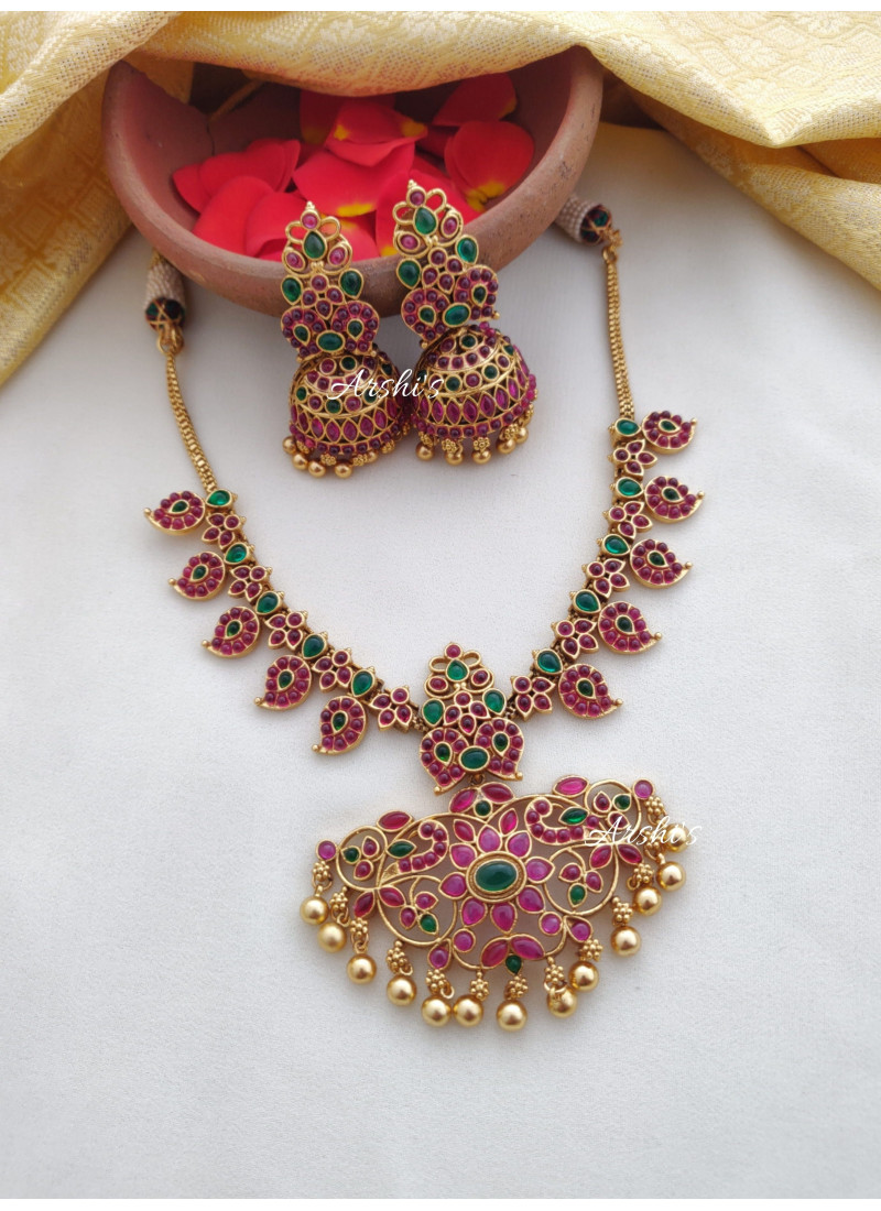 Imitation Mango and Peacock Design Necklace