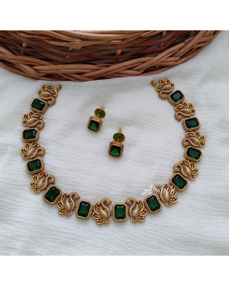 Elegant Peacock Green Stone Necklace