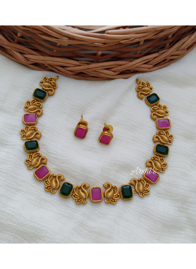 Simple Peacock Rose and Green Stone Necklace