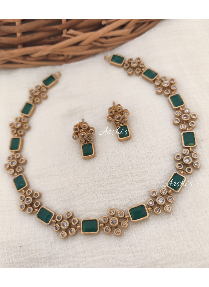 Elegant Green AD Stone Necklace