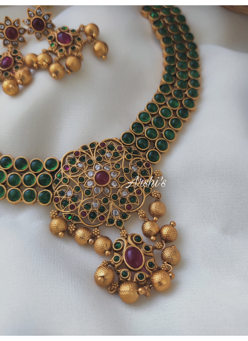 AD and Green Stone Classic Necklace