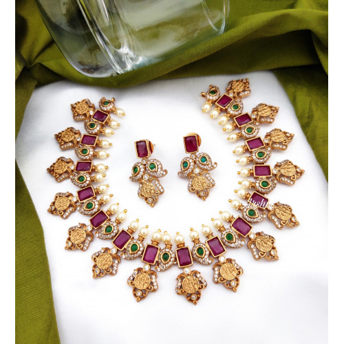 Gorgeous Ruby and Green Ramparivar Necklace