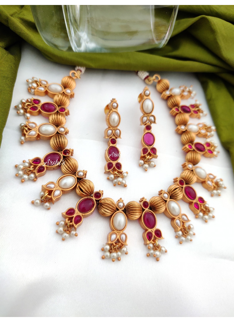 Simple Real Kemp Pearl Necklace