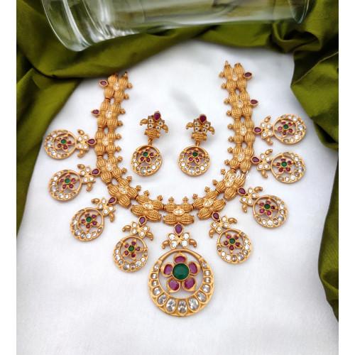 Antique AD Stone Necklace Set